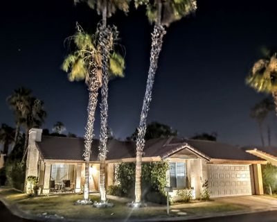 Beautiful Remodeled Palm Desert 3 bedroom 2 bath with an office Home - Palm Desert