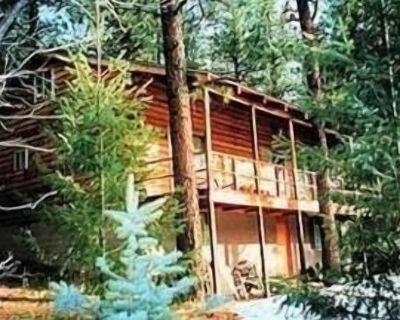 Log Home near Beautiful Mountain Golf Course - Rociada