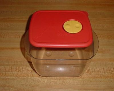 Vintage Tupperware Rock 'N Serve 6-1/4 Cup Microwave Reheatable Dish With Rocker Vent. This Virtually Unbreakable Popular Container Takes...