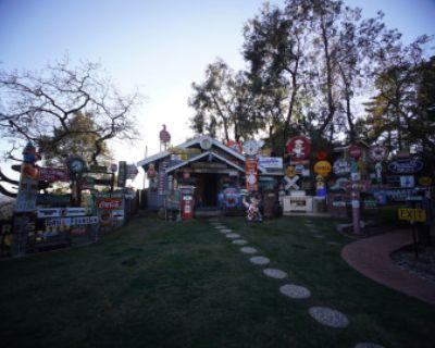 Beautiful Outdoor Studio with Neon Light Setting, Lafayette, CA