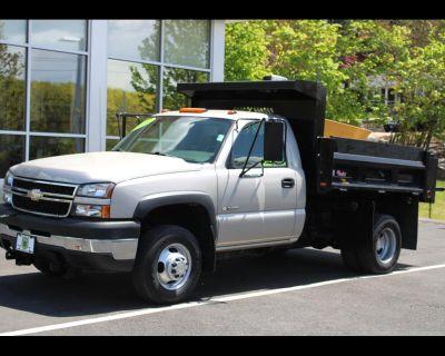 2006 Chevrolet Silverado 3500 4X4 MASON DUMP WITH ONLY 19,668 MILES CLEAN TRUCK