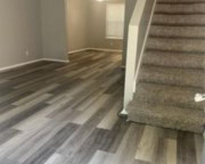5024 N Topping Avenue - 1 #1, Liberty, MO 64068 3 Bedroom Apartment