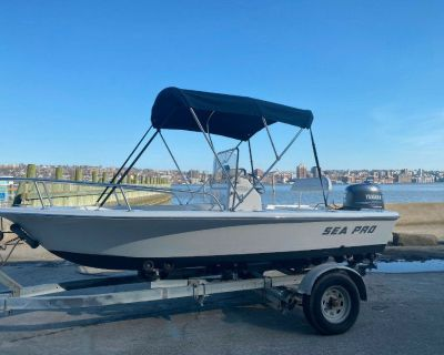 Sea Pro 170 Center Console Fishing Boat with Yamaha 50 Four Stroke - Low Hours