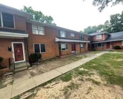 4429 Shelbyville Rd #2, Beechwood Village, KY 40207 2 Bedroom Apartment