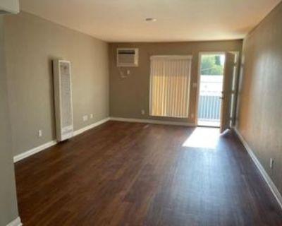 233 W Nicolet St #2X1, Banning, CA 92220 2 Bedroom Apartment