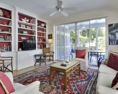 TROPICAL DREAMING Private Home with Private Pool, Patio + BBQ, Pet Friendly! - Uptown - Upper Duval
