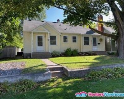 4916 Morehead Ave, White Bear Lake, MN 55110 3 Bedroom Apartment