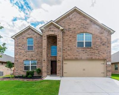 9229 Flying Eagle Ln, Fort Worth, TX 76131 5 Bedroom Apartment