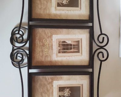 New 3 photo picture frame