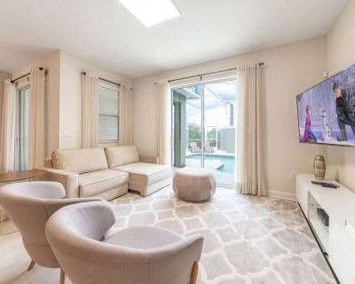 Private 4 Bed 3 Bath Townhome - Cozy family vacation home sleeps up to 12 guests - Four Corners