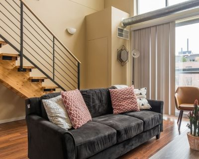Convenient +Trendy 1BR Apt in Downtown East - Mill District