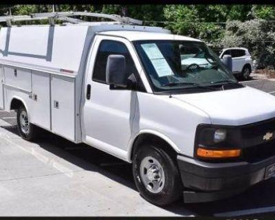 2017 Chevrolet Express Commercial Cutaway 3500
