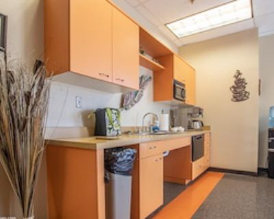 Private Office for 4 at Office Alternatives Westside