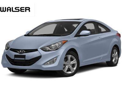 Pre-Owned 2013 Hyundai Elantra SE