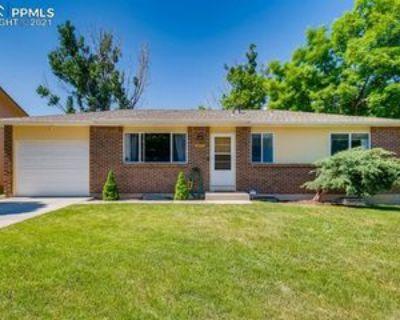 3857 Fetlock Cir, Colorado Springs, CO 80918 5 Bedroom Apartment