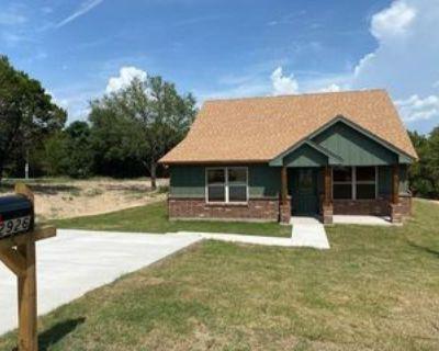 2926 Centaurus Way, Granbury, TX 76048 2 Bedroom House