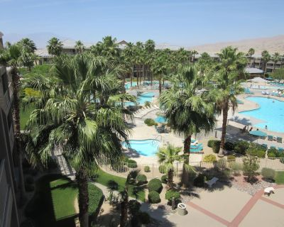Relax with everything you need to make vacation complete - Terra Lago