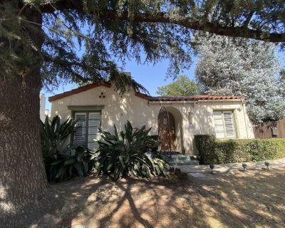 Sherman oaks private Spanish cottage - Sherman Oaks