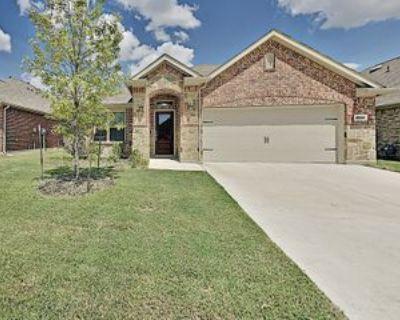 9144 Bronze Meadow Dr, Fort Worth, TX 76131 3 Bedroom Condo