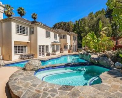 14132 Beresford Rd, Los Angeles, CA 90210 5 Bedroom Apartment