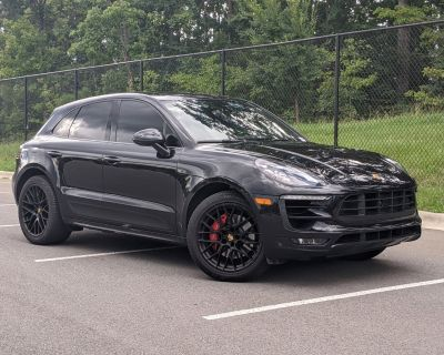 Pre-Owned 2018 Porsche Macan GTS