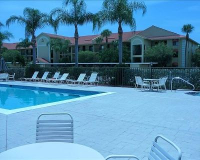Amazing Sunsets From Top Floor Lanai*2 New LBoy Recliners*Golf*5 Minutes-Sanibel - Iona