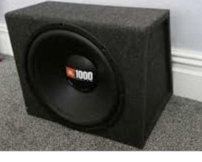 Car speakers ( JBL 1000 subwoofer) whit box