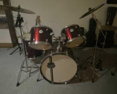 Mapex Voyager Drum Kit - 5 piece
