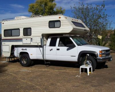 1996 Chevy 3500 4 x 4 WITH  LANCE S  LANCE SQUIRE 8000 /CAB OVER