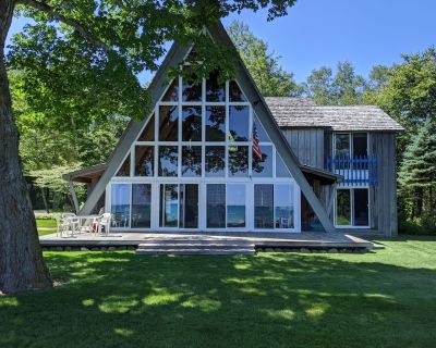 """""""A"""" frame cottage on the shore of Lake Michigan - Ozaukee County"""