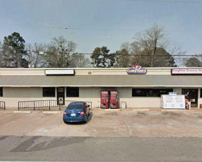 Retail Space in Haughton
