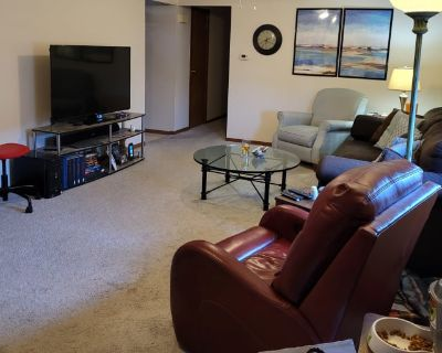 Private room with own bathroom - Middletown , OH 45044