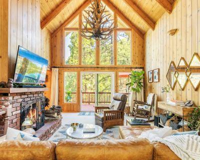 Mid-Century Modern Luxury Interior Cabin - Lake Arrowhead