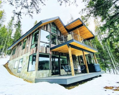 New Cabin on the River Hot Tub | BBQ | Fire Pit - Gilpin County