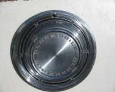 1968 OLDSMOBILE HUBCAPS For Sale