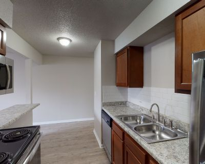 Recently renovated! Quartz countertops! Come take a look!
