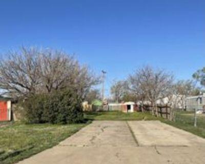2804 S Houston St, Amarillo, TX 79103 Studio Apartment