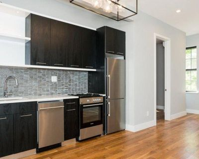 Alluring East Williamsburg home w/ in-complex gym