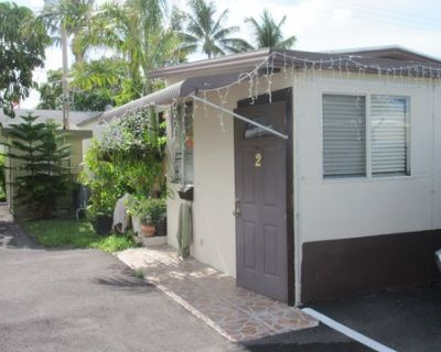 House for Sale in Hallandale, Florida, Ref# 9472287