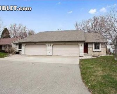 Parkmoor Ct Outagamie, WI 54914 3 Bedroom House Rental
