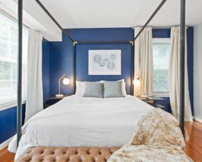 6919 Victoria Dr #G, Franconia, VA 22310 2 Bedroom Condo