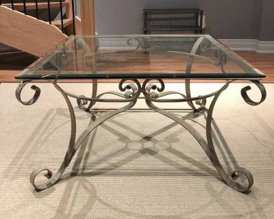 Glass coffee table metal base (cream,brushed gold)