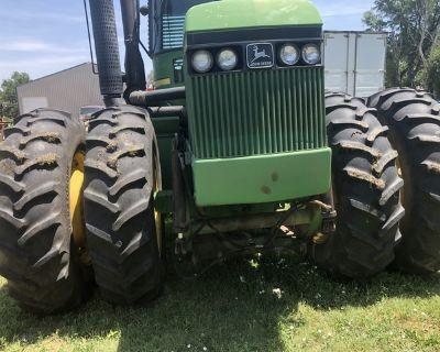 8450 John Deere four wheel drive tractor