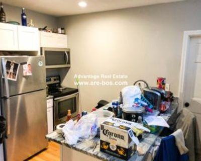 37 Sheafe St #2, Boston, MA 02113 4 Bedroom Apartment