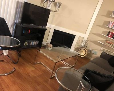 Modern Apartment Room Available