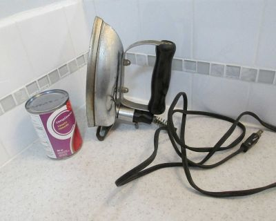 Canadian Beauty electric iron
