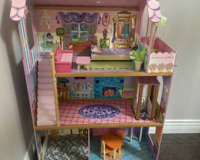 Large Doll/Barbie House with Furniture and Working elevator!