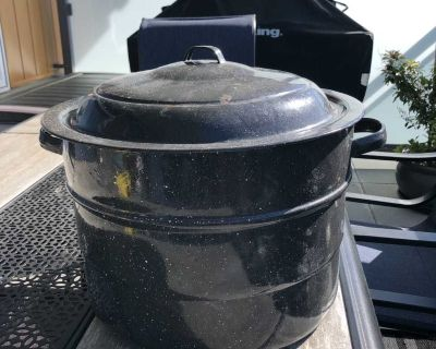 Large metal canner