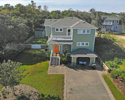 DREAMY SOUNDFRONT - 4 BEDROOMS (2 MASTERS) PRIVATE POOL, HOT TUB & POOL TABLE - Kitty Hawk