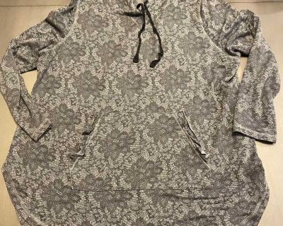 18/20 Livi Active Floral Hooded Tunic